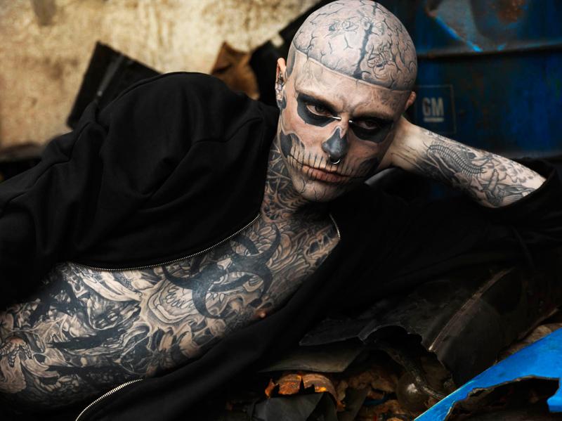 Zombie Boy - piercing a tetovanie po celom tele